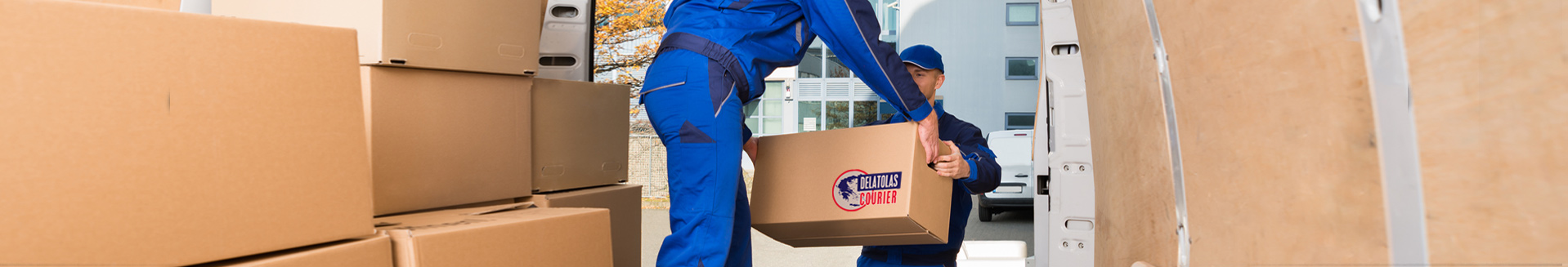 parcel delatolas courier